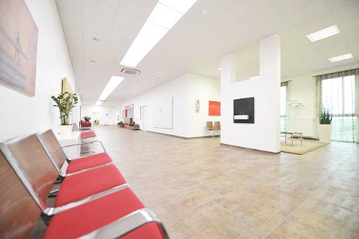 Wartebereich und Wartezimmer